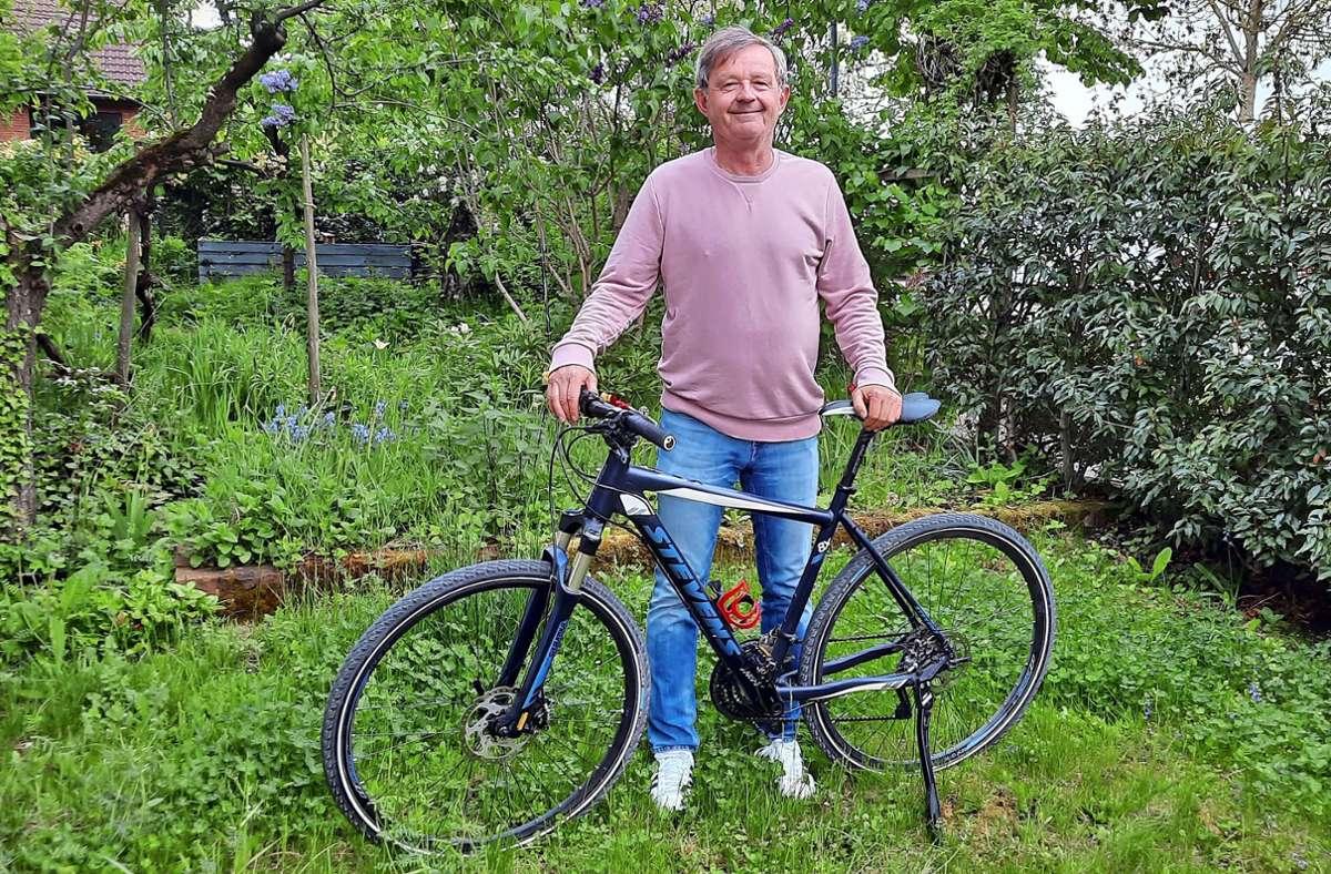Der Wahl-Oeffinger  Harald Drechsler hat mittlerweile das Radfahren für sich entdeckt, um weiterhin fit zu bleiben. Foto: Susanne Degel