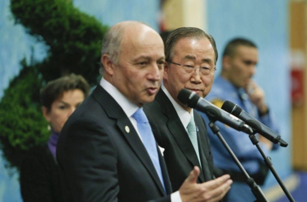 Frankreichs Außenminister Fabius und UN-Generalsekretär Ban Foto: imago stock&people