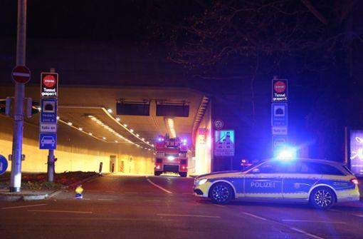 Unfall im Heslacher Tunnel sorgt für Verkehrsbehinderungen