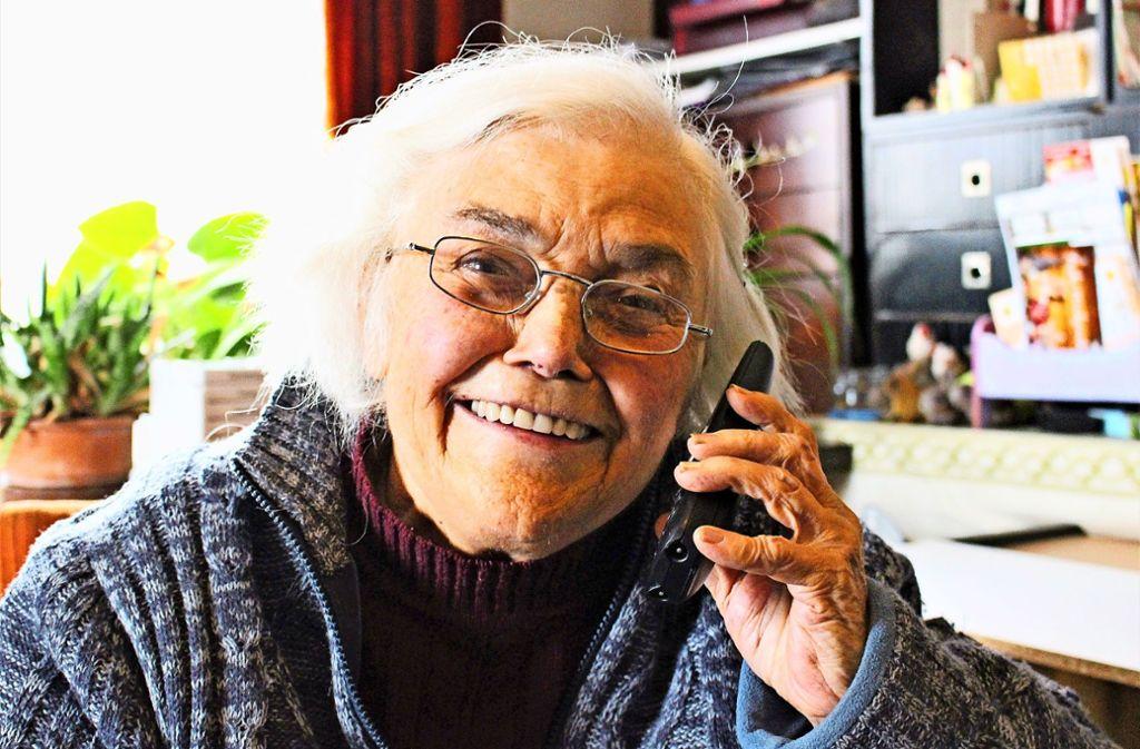 Zweimal haben Betrüger versucht, die 16-fache Oma und vierfache Uroma abzuzocken. Foto: Caroline Holowiecki