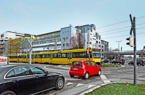 Neuer Radweg verdrängt 68 Parkplätze