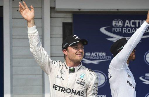 Mercedes-Fahrer behält Pole Position