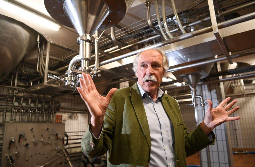 Gottfried Härle führt die gleichnamige Brauerei in vierter Generation. Flüchtlingen eine Chance durch Arbeit zu geben, ist für den Chef des Familienbetriebs  Teil der Firmenphilosophie. Foto: dpa