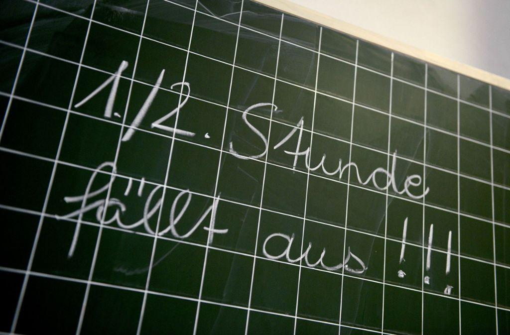 Elternvertreter an Gymnasien ärgern sich über den Unterrichtsausfall in Baden-Württemberg. Foto: dpa