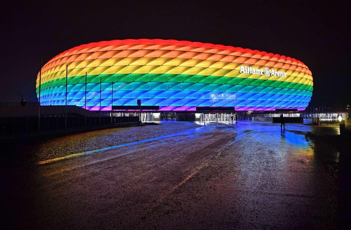 Die Allianz Arena wird am Samstag bunt leuchten. Foto: imago images/Sven Simon/Frank Hoermann