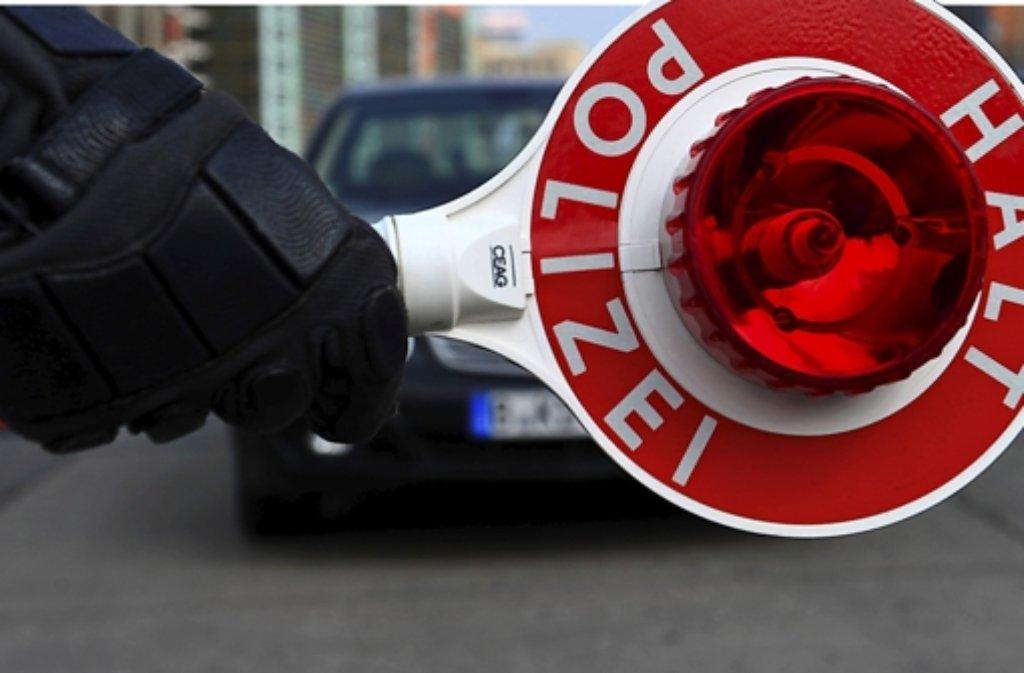 Die Gewerkschaft der Polizei hat für eine Null-Promille-Grenze bei Autofahrern ausgesprochen, der ADAC ist dagegen. Foto: dpa