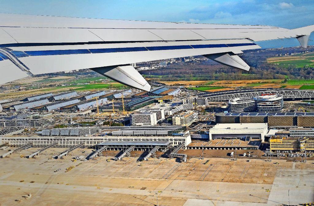 """Die neue Flughafenchefin will den """"local spirit"""" am Airport stärken. Foto: dpa"""