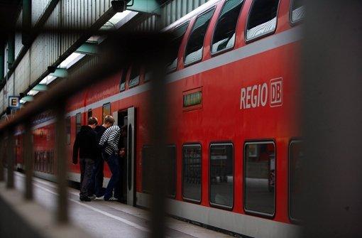 Die Regionalzüge kommen das Land teuer zu stehen. Zu teuer? Foto: Achim Zweygarth