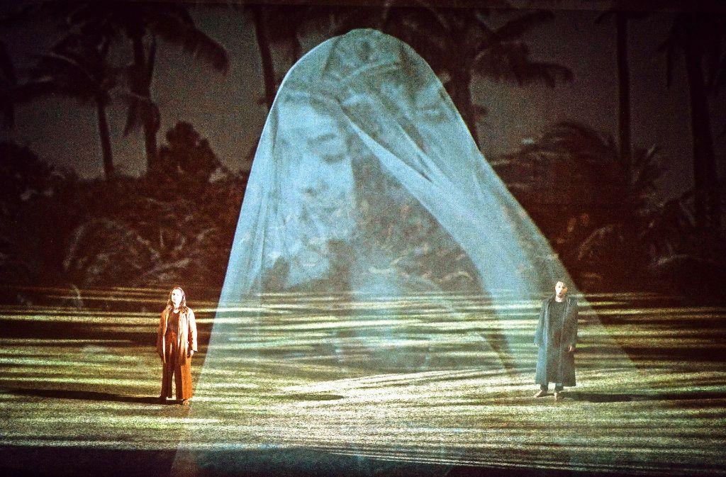 """Szene aus """"Die Perlenfischer"""" im Berliner Schillertheater Foto: dpa"""