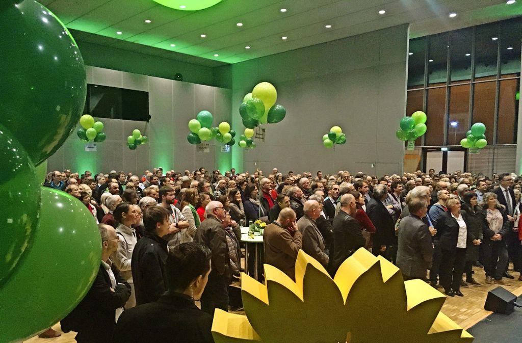 Volles Haus in Uhingen: Zum Bürgerdialog der Grünen kommen mehr als 500 Besucher ins Uditorium. Foto: StZ