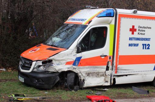 Unfall mit Rettungswagen - Vier Verletzte