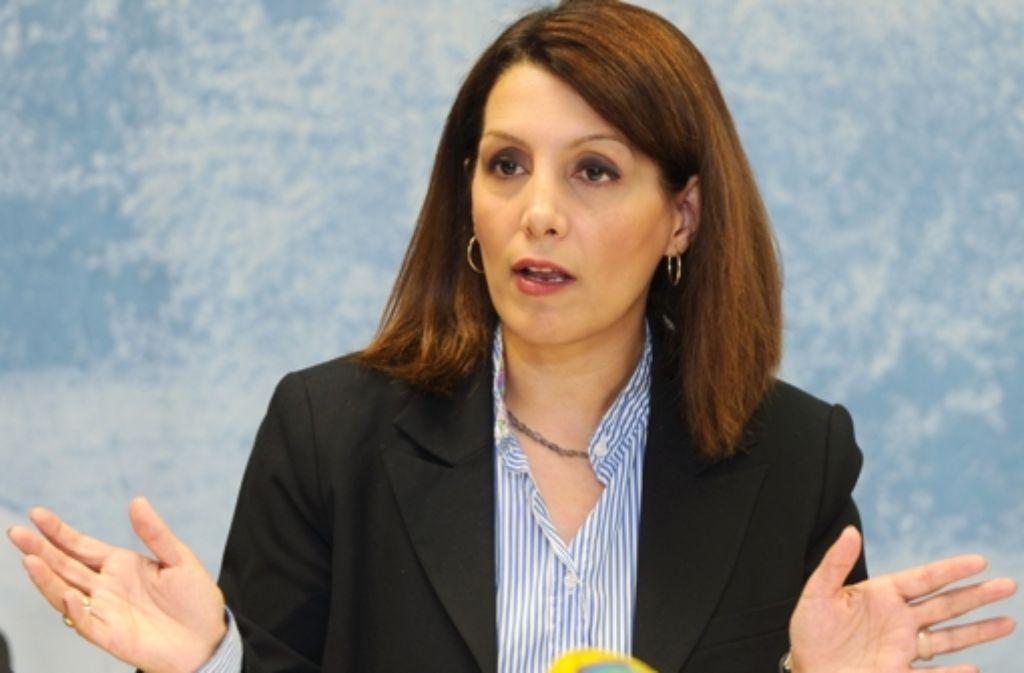Integrationsministerin Birkay Öney steht in der Kritik. Foto: dpa