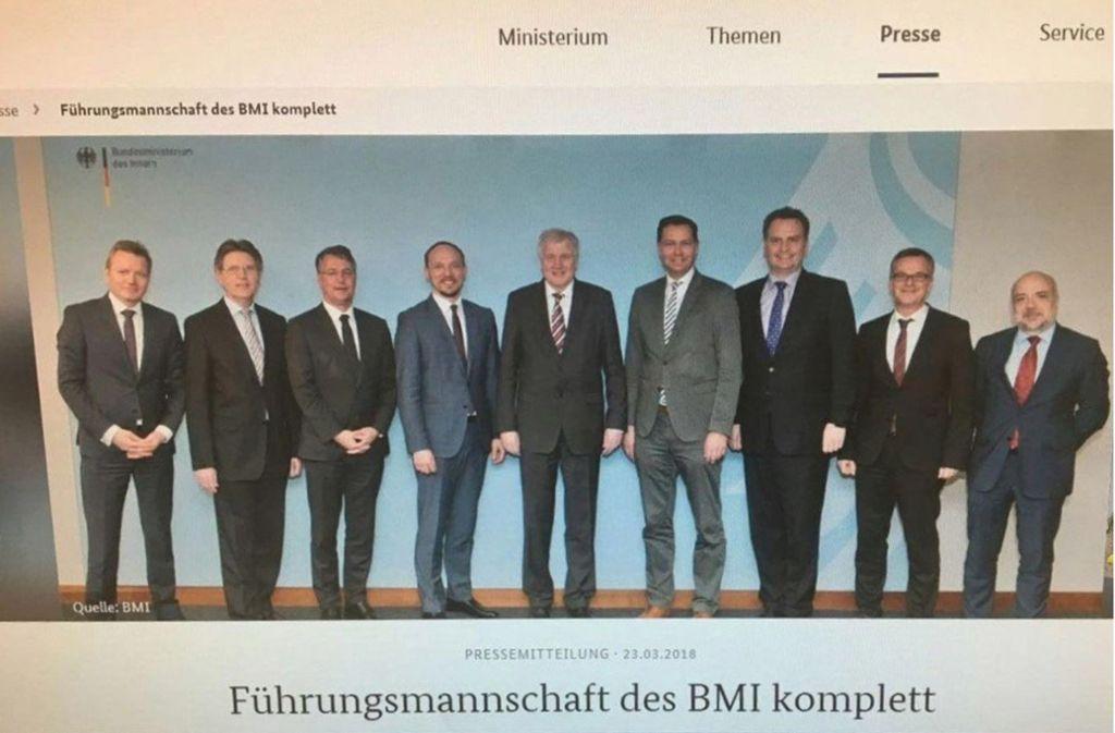 """Dieses Foto wurde nach viel Kritik im Netz ausgetauscht: Das Bundesministerium des Innern, für Bau und Heimat hat seine """"Führungsmannschaft"""", bestehend nur aus Männern, präsentiert. Foto: https://www.bmi.bund.de"""