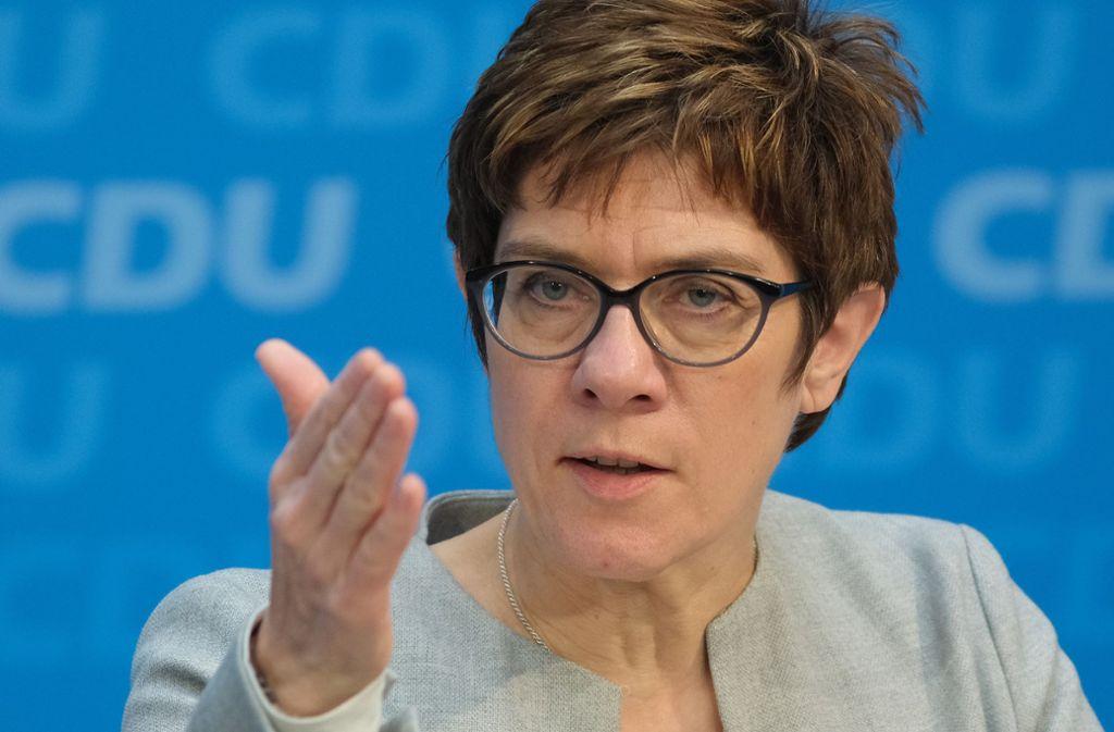 Annegret Kramp-Karrenbauer schließt eine Abriegelung der deutschen Grenzen nicht aus. Foto: Getty Images Europe