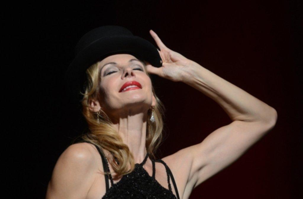 Am Broadway und im Londoner Westend stand sie unzählige Male mit Chicago auf der Bühne: Ute Lemper hat das Musical am Montag in Stuttgart vorgestellt. Foto: dpa