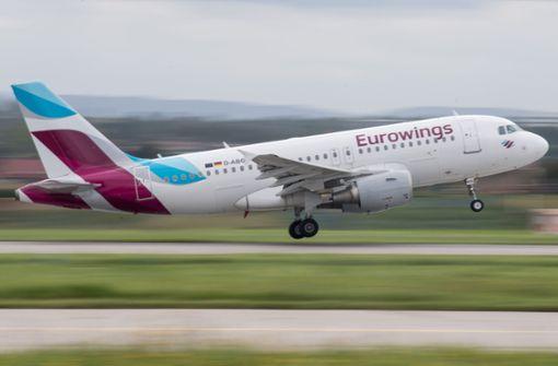 Eurowings-Flieger mit zwei Passagieren an Bord muss umkehren