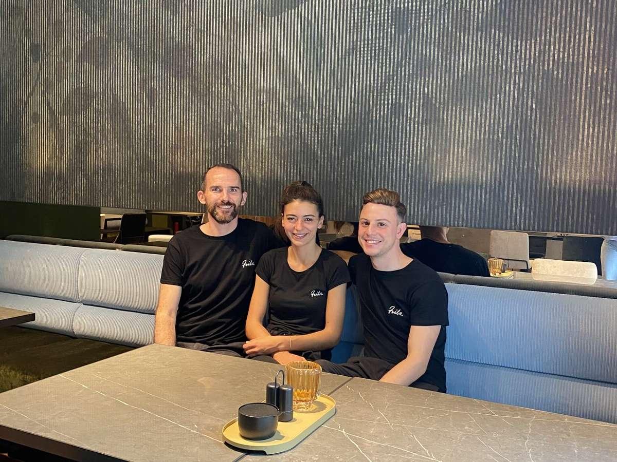Maximilian Laubner, Isabel Mameli & Robin Hackh (v.l.) eröffnen das Frühstücks-Café Fritz in Stuttgart-Mitte. Foto: Robin Hackh