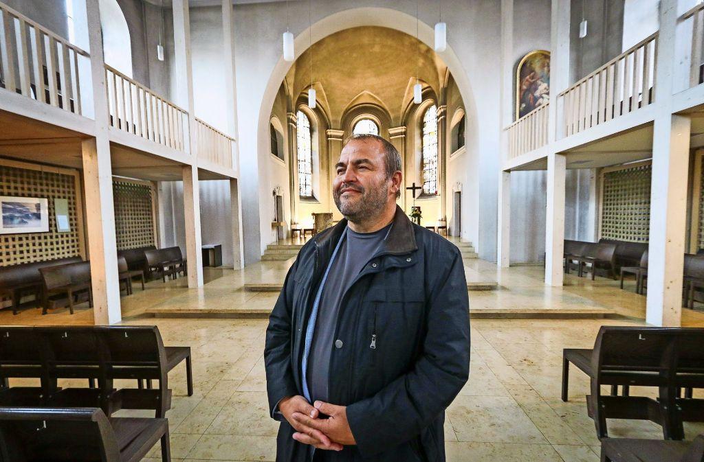 Leitender Pfarrer: Alois Krist in seiner neuen Wirkungsstätte, der Dreieinigkeitskirche Ludwigsburg Foto: factum/Granville