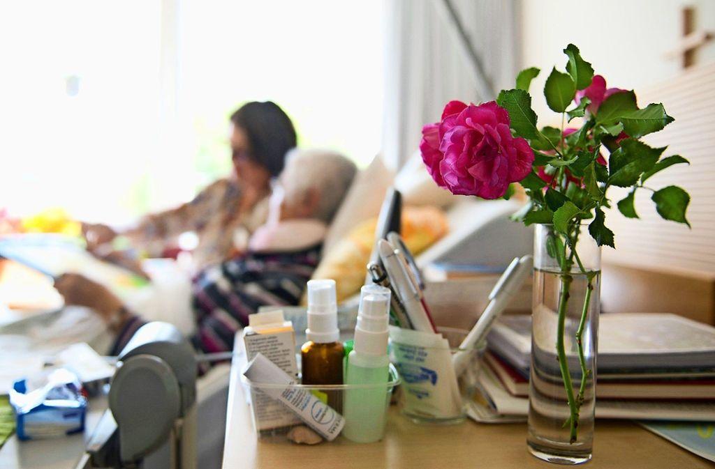Wer nicht die Möglichkeit hat, seine letzten Tage zu Hause zu verbringen, für den kommt ein Hospiz in Frage. Ein neuer Verein möchte ein solches auf der Filder aufbauen. Foto: Symbolbild dpa