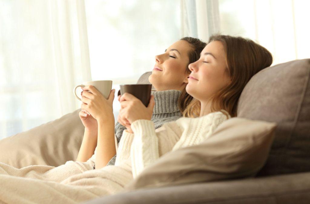 Entspannung kann auch in der Vorweihnachtszeit gelingen. (Symbolfoto) Foto: Shutterstock/Antonio Guillem