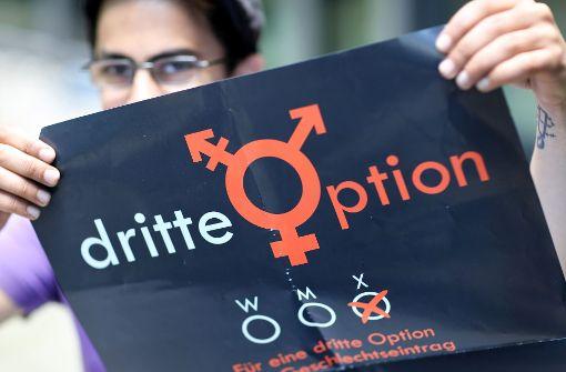 Mehr Befürworter eines dritten Geschlechts als Gegner