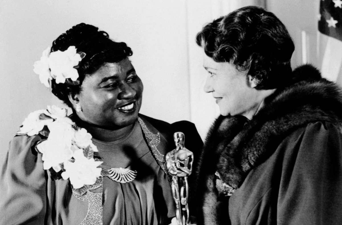 """1940: Hattie McDaniel bekommt den Oscar für ihre Nebenrolle im Südstaaten-Epos """"Vom Winde verweht"""" – als erste Afroamerikanerin überhaupt. Foto: IMAGO / Everett Collection"""