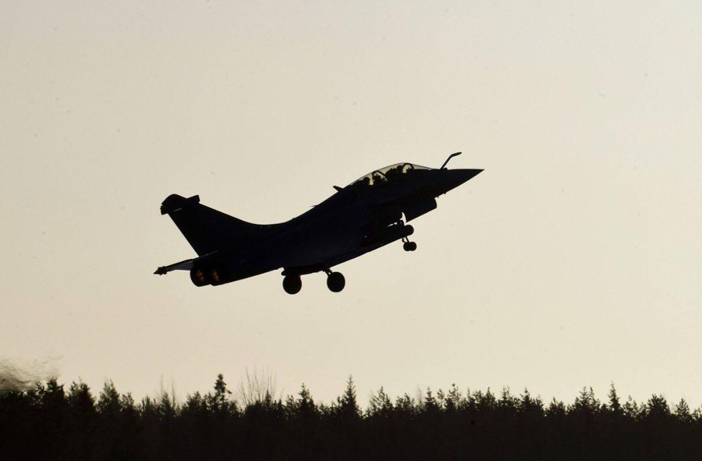 Der Absturz des US-Kampfjets ist durch einen technischen Defekt bei schlechtem Wetter verursacht worden (Symbolbild). Foto: imago images/Lehtikuva/Markku Ulander via www.imago-images.de