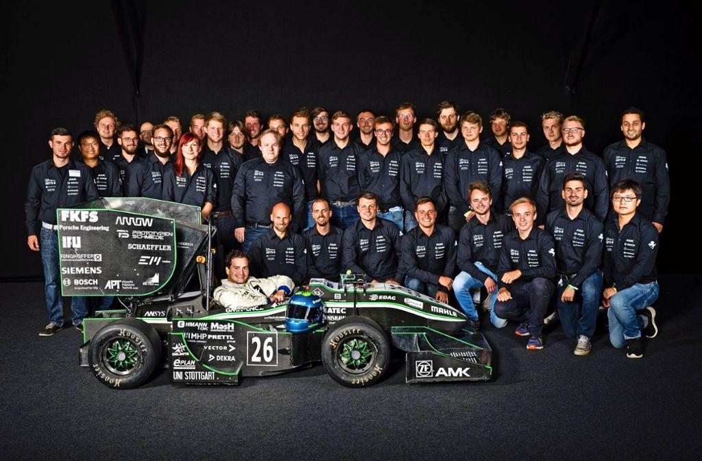 Beim Green Team konstruieren 50 Technik-Studenten einen rein elektrisch betriebenen Rennwagen und nehmen mit diesem an Rennen teil. Foto: z/Johannes Klein/Formula Student
