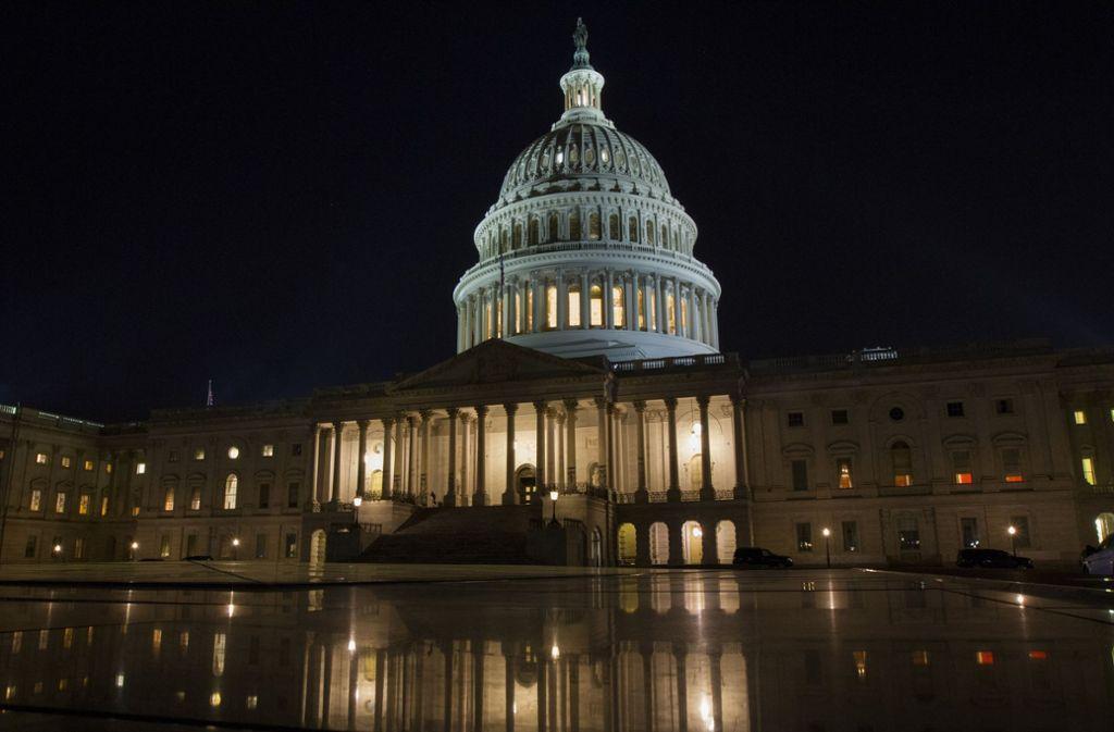 Der Ort einer dramatischen Nachtsitzung: Das Kapitol in Washington Foto: AP