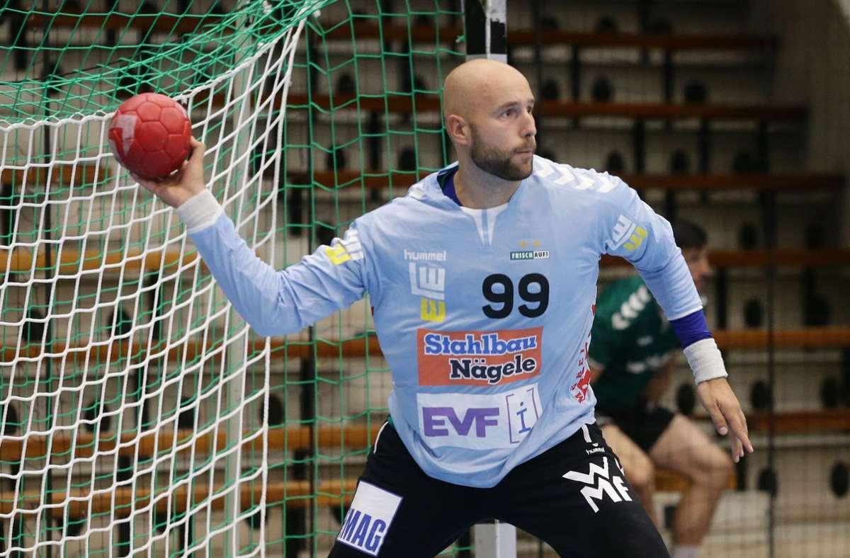 Hält den Sieg für Frisch Auf Göppingen fest: Der slowenische Nationaltorwart Urh Kastelic. Foto: Baumann