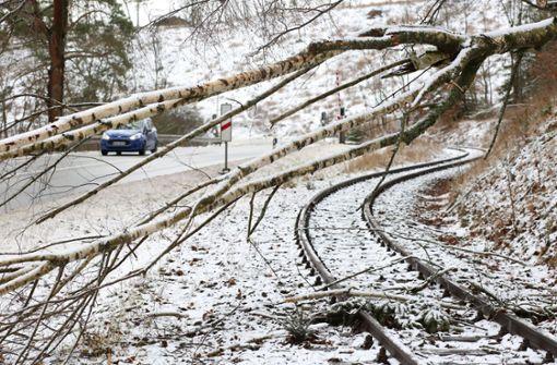 Zugstrecken im Schwarzwald  weiterhin teils gesperrt
