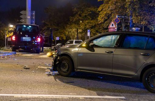 Fahrzeuge kollidieren - 33-Jähriger verletzt