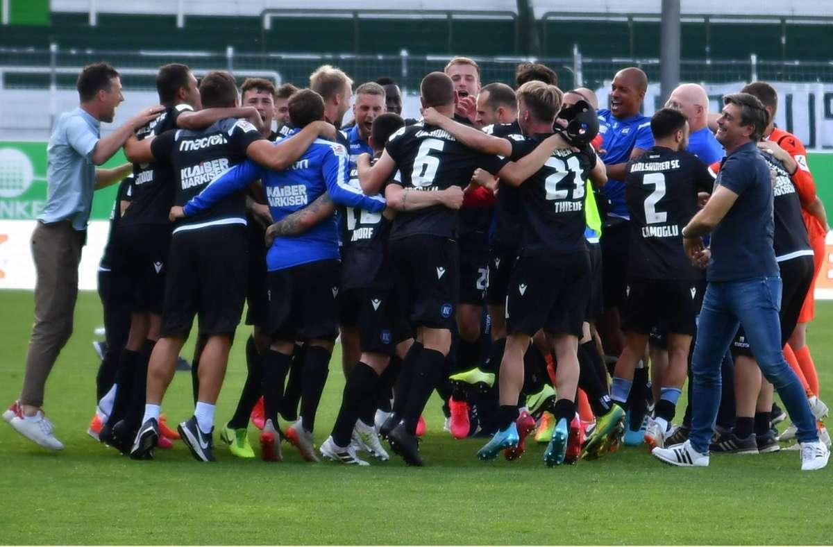 Der Karlsruher SC spielt auch in der kommenden Saison in der zweiten Liga. Foto: imago images/Wolfgang Zink