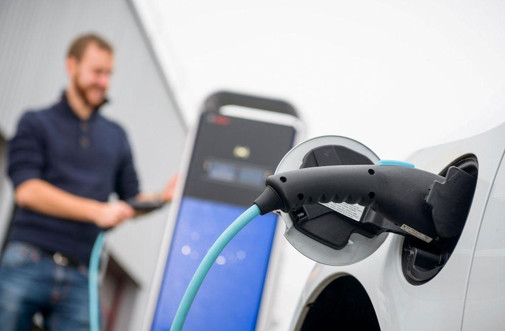 Womit wollen die Autohersteller in Zeiten des E-Mobils ihr Geld verdienen? Die Antwort steht aus. Foto: Bosch