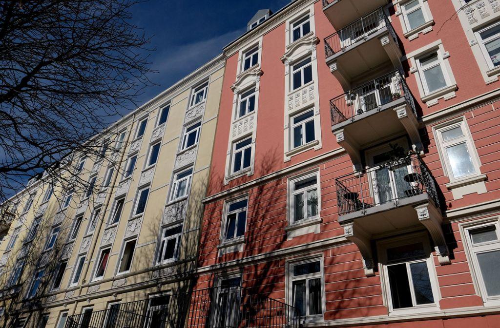 Bezahlbarer Wohnraum ist vor allem in der Stadt schwer zu finden. Foto: picture alliance/dpa