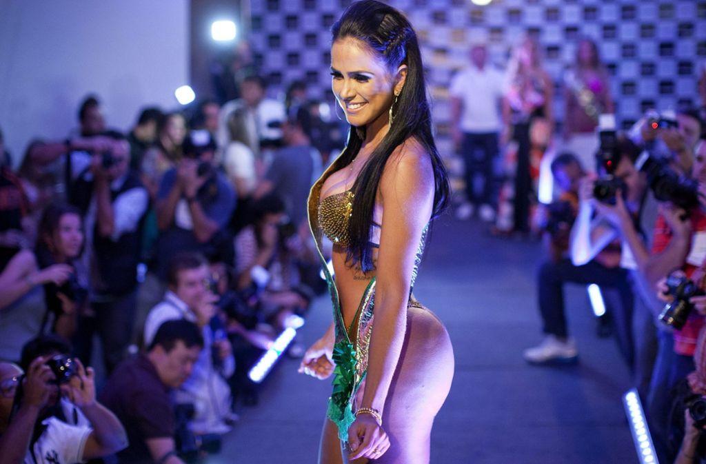 """Der """"Miss Bumbum Contest""""findet jedes Jahr in Brasilien statt. Gesucht werden die schönsten Pobacken des Landes. Siegerinnen wie Dai Macedo dürfen sich ein Jahr lang """"Miss Bumbum"""" nennen. Foto:"""