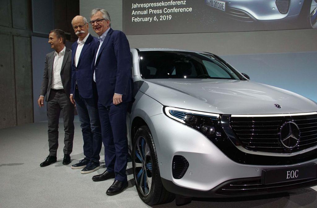 Daimler um Chef Dieter Zetsche (mitte) musste 2018 einen Gewinneinbruch hinnehmen. Foto: Andreas Rosar Fotoagentur-Stuttg