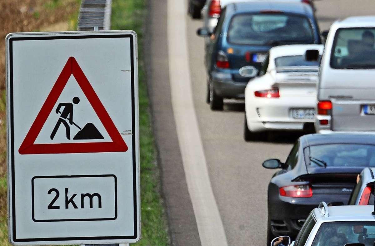 An der Autobahnauffahrt Ludwigsburg-Süd wird ab diesem Wochenende wieder gebaut. Foto: picture-alliance/ dpa/Patrick Seeger