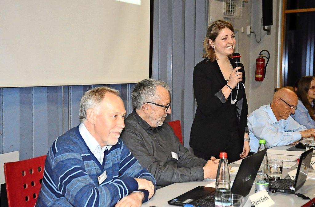 Carola Röger, die neue Vorsitzende des Bürgervereins, verkörpert in der gewohnt lebhaften Hauptversammlung den Generationswechsel im Verein. Foto: Georg Linsenmann