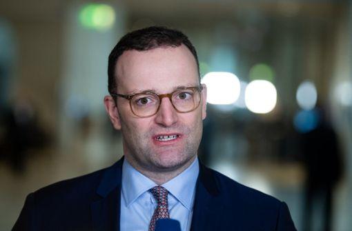Gesundheitsminister will Betriebsrentner von Beiträgen entlasten