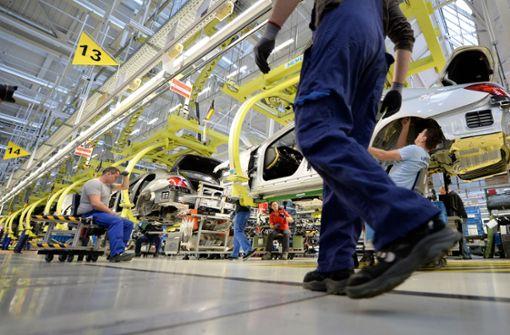 Mercedes-Benz verkauft weniger Autos
