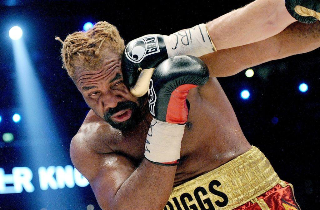 Ein Boxer erhält einen Schlag gegen den Kopf (Symbolbild). Foto: dpa