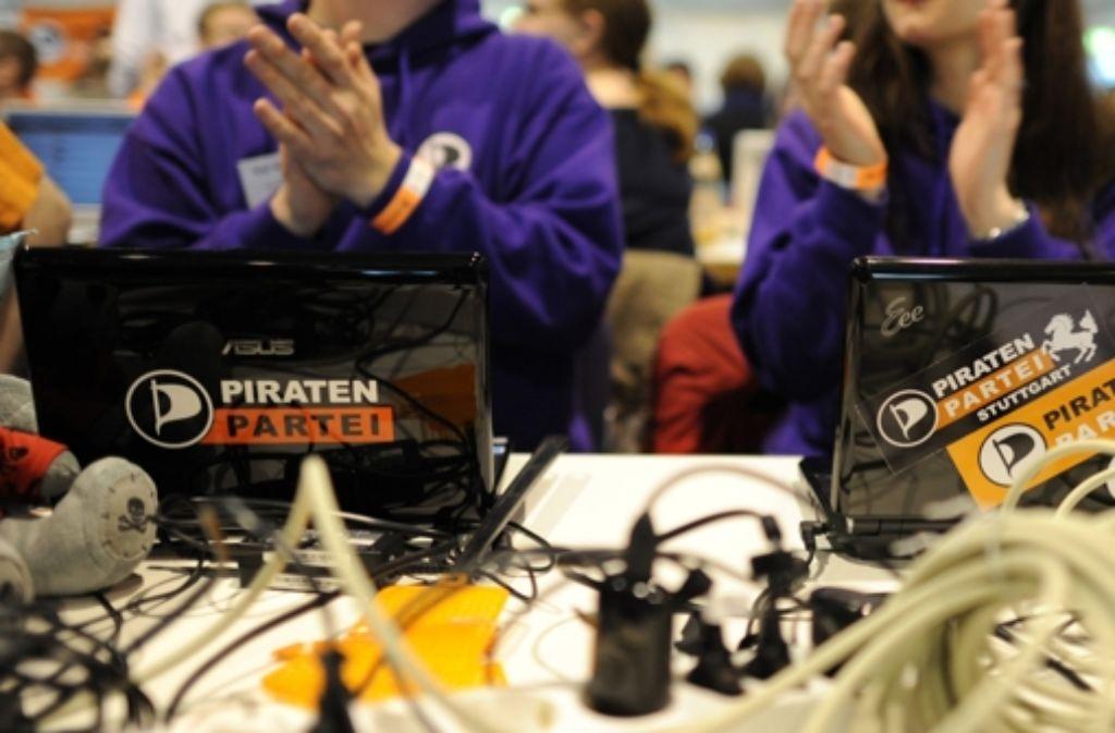 Bei der Piratenpartei gehört der Laptop zur Grundausstattung für die Arbeit. Foto: dpa