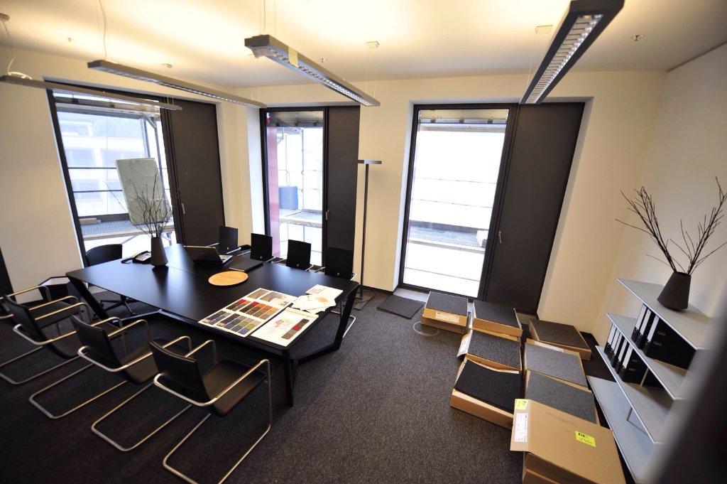 Die ersten Musterbüros des CityGate-Gebäudes am Stuttgarter Hauptbahnhof sind schon so ausgestattet, dass sich potentielle Mieter ein Bild machen können. Foto: www.7aktuell.de