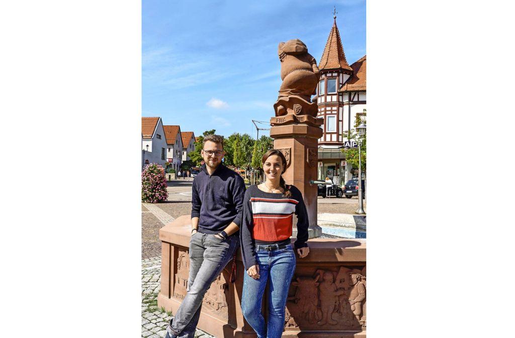 Bartling und Schlenkrich kümmern sich auch um das Jugendhaus. Foto: factum/Jürgen Bach