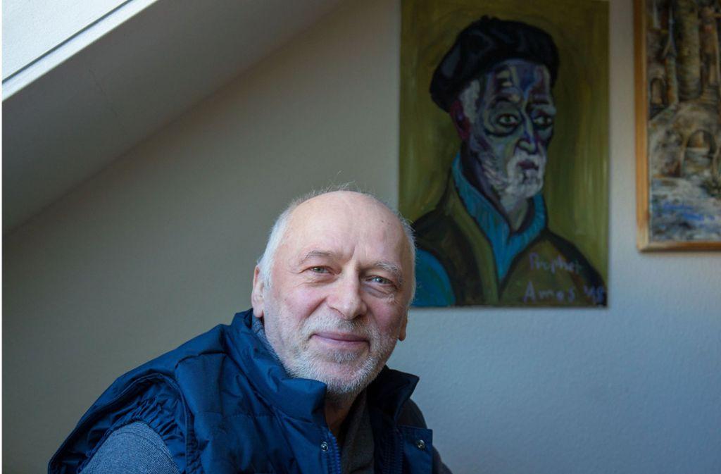 Das Porträt von Andrzej Estko hat ein Besucher  der Kreativwerkstatt gemalt. Foto: Lichtgut/Leif Piechowski