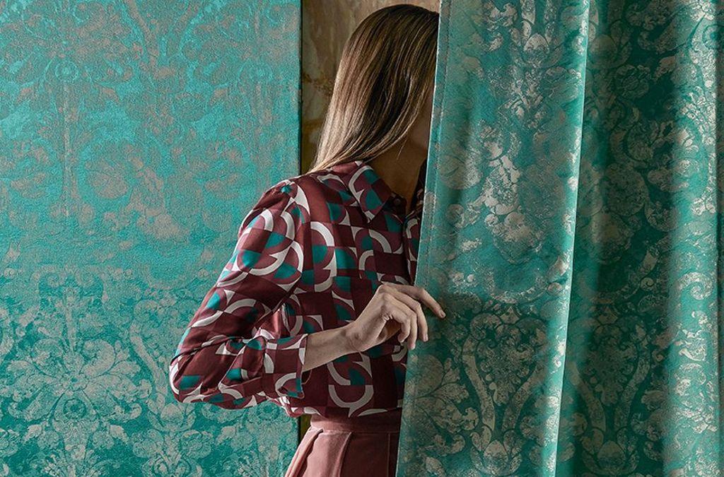 Tolle Farben, edle Reliefs: die Seidenstoffe der aktuellen Kollektion von Rubelli Venezia  Foto: Rubelli
