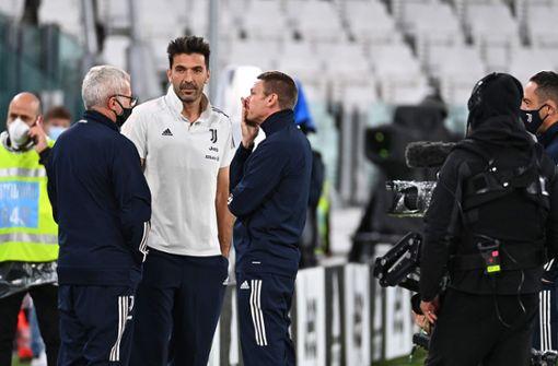 Juventus Turin wartet auf nicht angereisten Gegner SSC Neapel