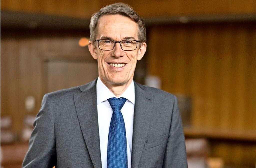Wolfgang Lützner positioniert sich im Wahlkampf. Foto: Burkhardt Hellwig/Stadt Böblingen