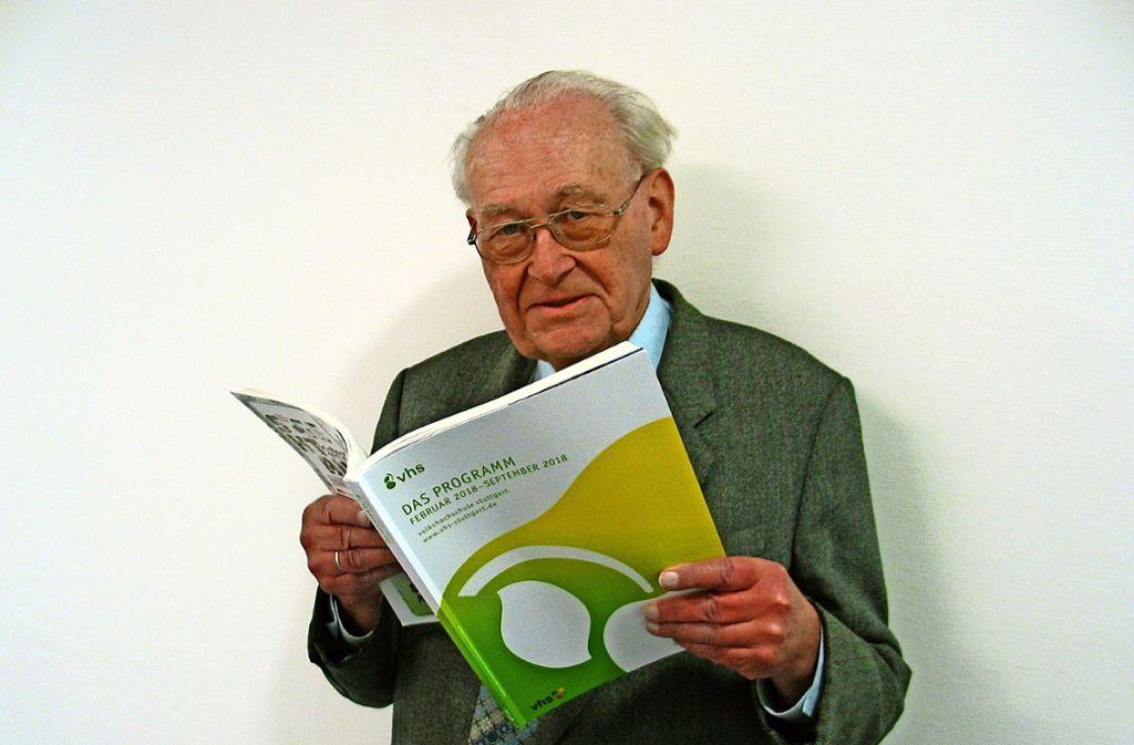 Professor Ulrich Kull war zu Gast beim Bürgerverein Zuffenhausen und der Volkshochschule  Stuttgart Foto: Susanne Müller-Baji
